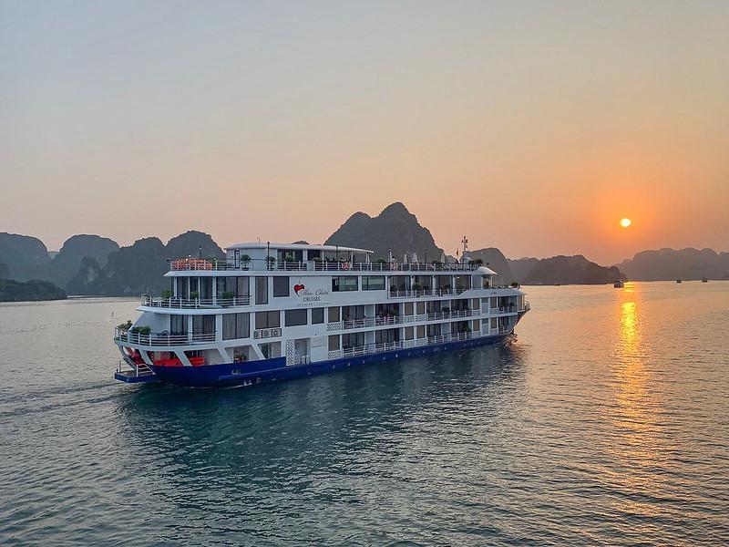 Monchéri Cruises